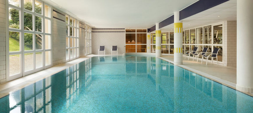 Hotel-Dolce-Chantilly-swimming-pool